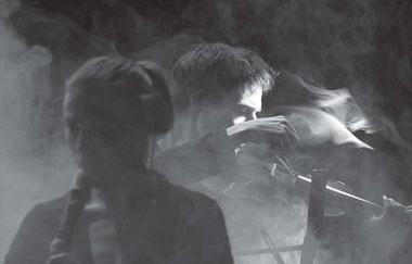 Сцена из спектакля. Фото В. Ярошевича