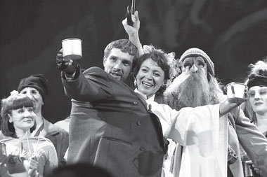 Сцена из спектакля. Фото Э. Зинатуллина