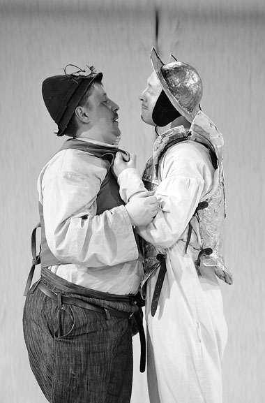 Р. Нечаев (Санчо Панса), А. Шимко (Дон Кихот). Фото В. Постнова