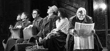Сцена из спектакля «Три сестры». Фото из архива фестиваля