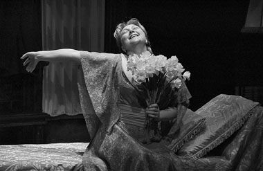 Е. Вовненко (Аманда). Фото из архива театра