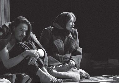 А. Лепихин (Санчо), О. Петрова (Альдонса). «Дульсинея Тобосская». Фото Е. Меденникова