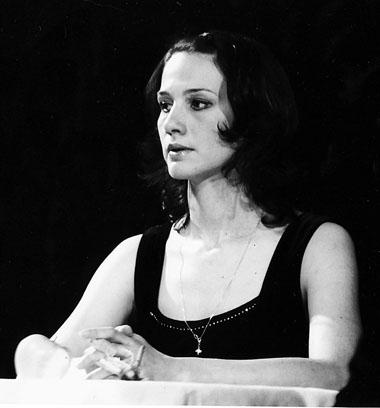 А. Еминцева (Лариса). «Бесприданница». Фото из архива театра