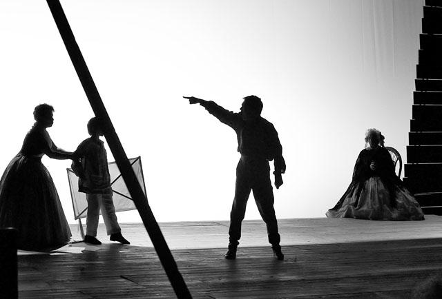 Сцена из спектакля. Фото С. Ионова
