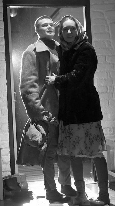 А. Шибаршин (Никита), М. Шашлова (Люба). Фото из архива театра