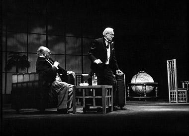 В.Кузнецов (Гейгер), К.Лавров (Маттиас Клаузен).  Фото изархива театра