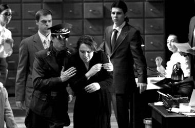 Сцена изспектакля «Иудейка».  Фото С. Левшина