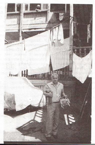 Р. Габриадзе. 80-е годы. Фото из семейного архива