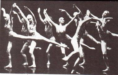 «Три грёзы». Сцена из спектакля. Фото А. Усова