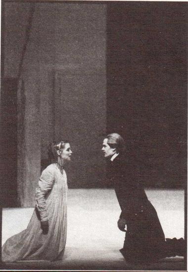 Сцена из спектакля. Фото М. Хенке