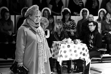 Г.Крылова (Женщина). «Слюбимыми нерасставайтесь». Театр драмыим. Ф.Волкова (Ярославль). ФотоА.Телеша
