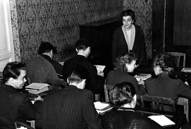 Налекции Л.А.Левбарг. 1957г. Фото изархива редакции