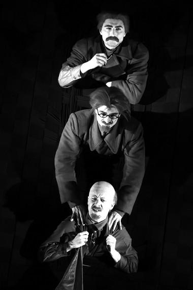 Сцена изспектакля. Театр им. Ленсовета. Фото Д.Пичугиной