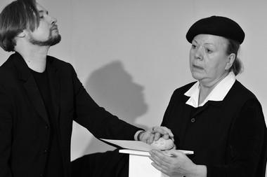 О.Дмитриев иГ.Филимонова. Репетиция спектакля «Мандельштаманет». Фото В.Постнова