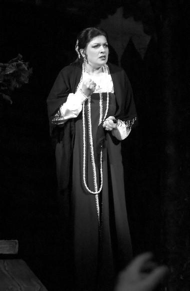 И.Макарова (Любаша). «Царская невеста». Татарский театр оперы ибалета.  Фото Л. Бобылева