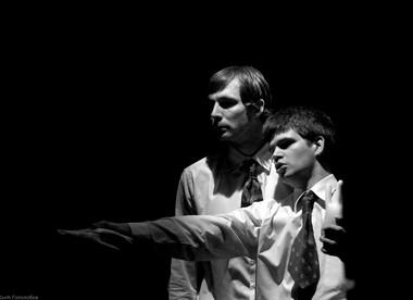 А.Кошкидько, А. Савчук вспектакле «СиНфония №2».  Фото В. Гололобова