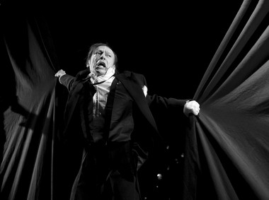 Сцена изспектакля «Публика». Театр «Утопия» (Вильнюс). Фото Д.Матвеева