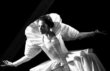 Д.Румянцева (Корделия). «Король Лир». МДТ. Фото В. Васильева
