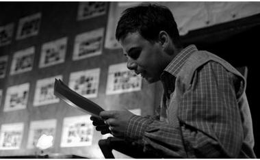 И.Николаев вспектакле «Хозяин кофейни». Фото Н. Губина