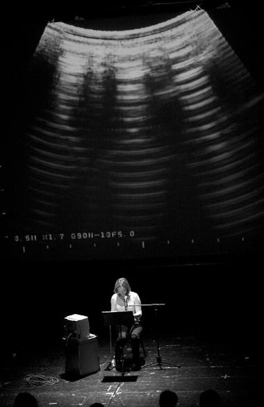 «Пустота». Сцена изспектакля. Фото Д. Пименова