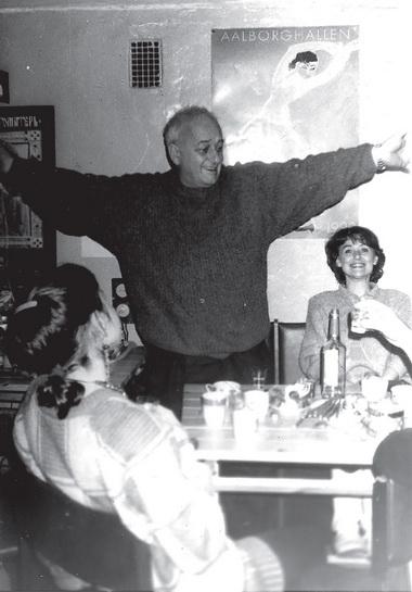 Р.Габриадзе вредакции «ПТЖ». 1992г. Фото изархива редакции