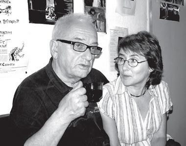 Вредакции «ПТЖ» сЕ.Миненко иМ.Дмитревской. 2005г. Фото изархива редакции