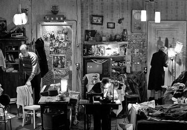 «Долгая жизнь», режиссер А.Херманис. Сцена изспектакля.  Фото В. Луповского