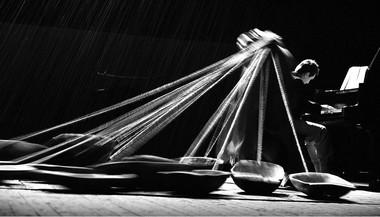 «Отелло». Сцена изспектакля.  Фото В. Луповского