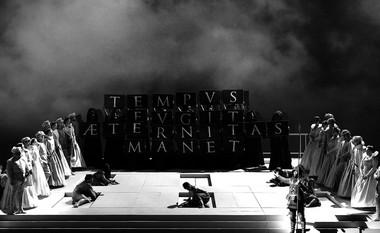 «Дон Карлос». Сцена изспектакля.  Фото Н. Разиной