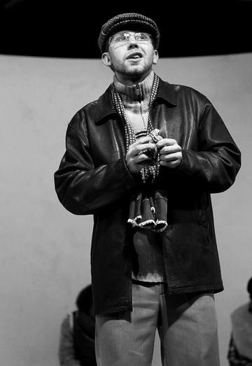 Ф.Дьячков вспектакле «Адин». «Этюд-театр» и«Балтийский дом». Фото изархива театра