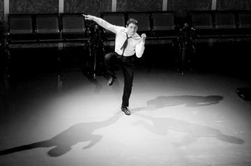 М.Видякин (Танцующий). Фото В. Родман