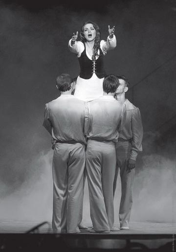 Сцена изспектакля. Театр «Глобус» (Новосибирск). Фото В. Дмитриева