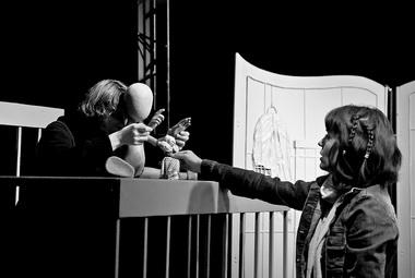 «Сотворившая чудо». Сцена изспектакля. Фото М. Славецкого