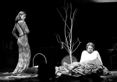 А.Ковальчук (Наталья Петровна), Е.Перегудов (Ракитин). Фото Ю. Кудряшовой