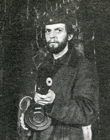 В.Кухарешин вспектакле «Цена тишины». Фото Ю. Богатырёва