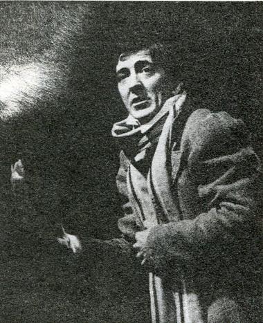 А.Насибулин (Поприщин). «Ах, Невский, всемогущий Невский». Фото Ю. Богатырёва