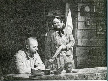 Е.Меркурьев (Мультик) иН.Усатова (Ганна). «Вечер». Фото П. Маркина