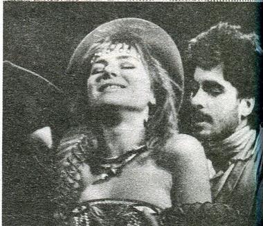 Н.Панина (Бьянка), А.Баргман (Кассио). «Отелло». Фото В. Красикова