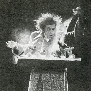 И.Головин всцене изспектакля. Фото В. Дюжаева