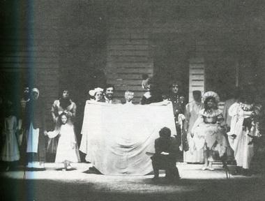 «Детский альбом». Сцена изспектакля. Фото изархива театра