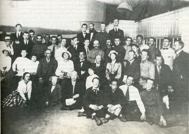 Вс. Мейерхольд наКурсах мастеров сценических постановок. 29июля 1918г. Фото измузея СПГАТИ