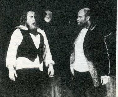 А.Латенас (Моцарт) иВ.Багдонас (Сальери). «Моцарт иСальери. Дон Гуан. Чума». Фестиваль «LiFe». Фото П. Маркина