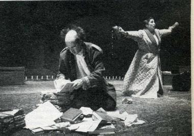 Рамон Фонтсере (Дон Йосеп), Бегона Алберди Мануэле Костадива). «Национальный театр». Театр Els Joglars, Барселона