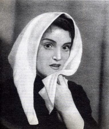 С.Сотничевская (Лена). «Счастье». Тула. 1949г. Фоторепродукция С. Шмуня