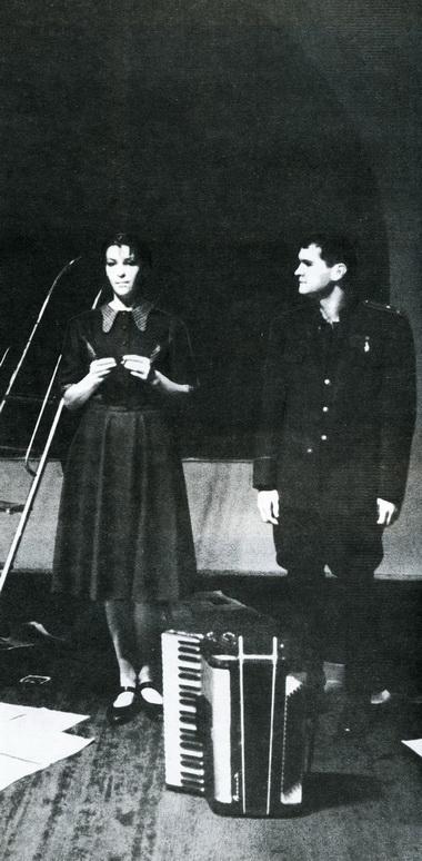 О.Гордийчук (Лика) иД.Лепихин (Марат). Фото В. Дюжаева