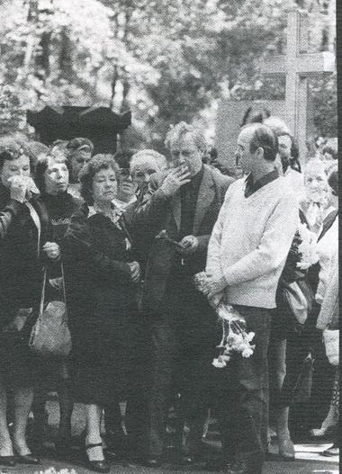 В. Стржельчик, Л.Макарова иО.Борисов наоткрытии памятника Е.Копеляну. Август 1980г. Фото Ю. Белинского