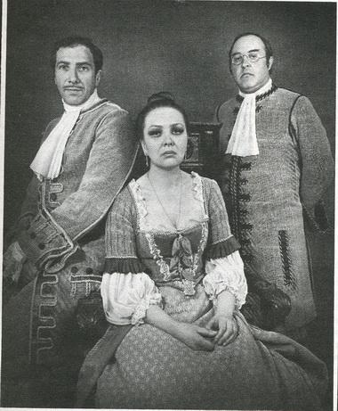 С. Юрский (Мольер), Н.Тенякова (Арманда) иМ.Данилов (Лагранж). «Мольер». Фото Б. Стукалова