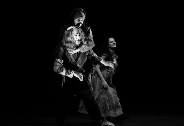 О фестивале Подмосковные вечера в Петербургском Театральном Журнале