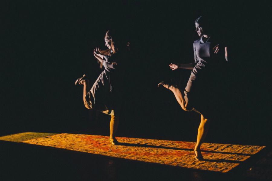 retro-podsmotrennoe-v-teatre-seksualnie-pozhelaniya-s-kartinkoy